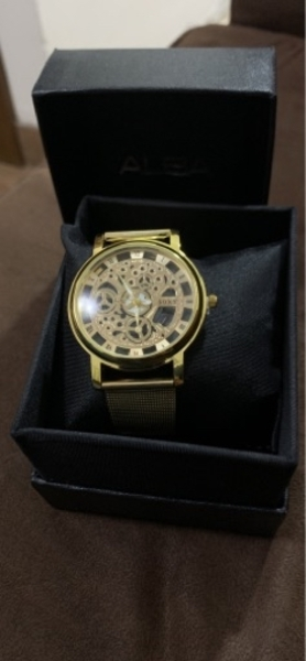 Used Gold paint watch brand new in Dubai, UAE