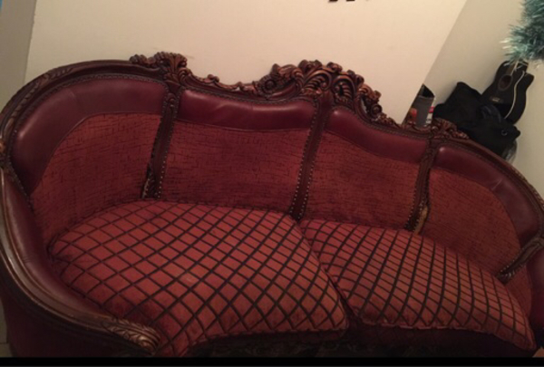 Used Big Vintage Sofa for a Low Low price!  in Dubai, UAE