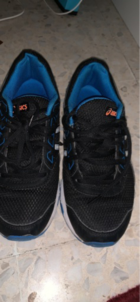 Used ASICS sport shoes gel galaxy9 in Dubai, UAE