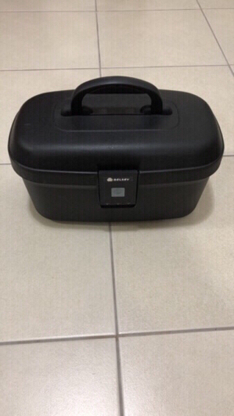 Used Delsey vanity case in Dubai, UAE