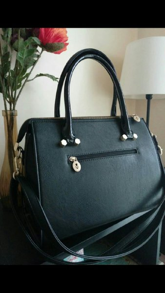 Used AUTHENTIC VERNIKA Handbag with strap in Dubai, UAE