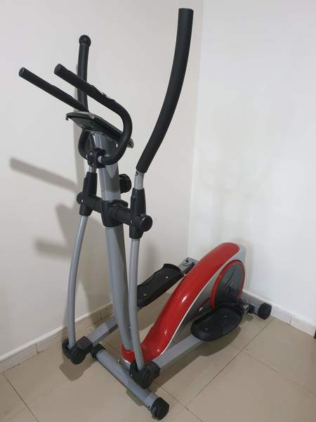 Used Elliptical trainer in Dubai, UAE