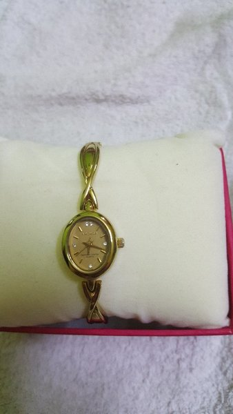 2 pcs watch for girls used