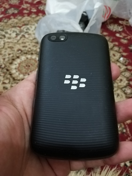 Used Blackberry 9720 excellent condition in Dubai, UAE