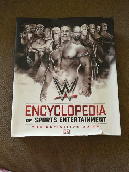 Used Encyclopedia of sport entertainments New in Dubai, UAE