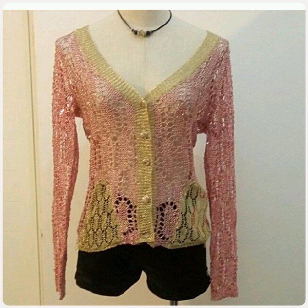 Used L0ng sleeve transparent top in Dubai, UAE