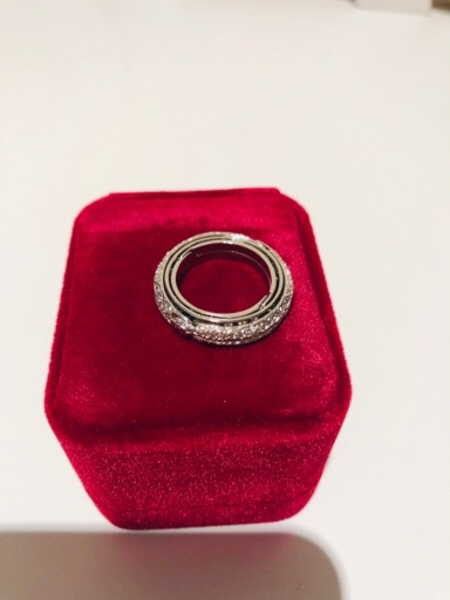 Used Silver ring or chains pendants size 6 in Dubai, UAE