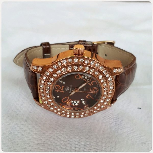 Used For Her Fashion Brown Watch fabulous in Dubai, UAE