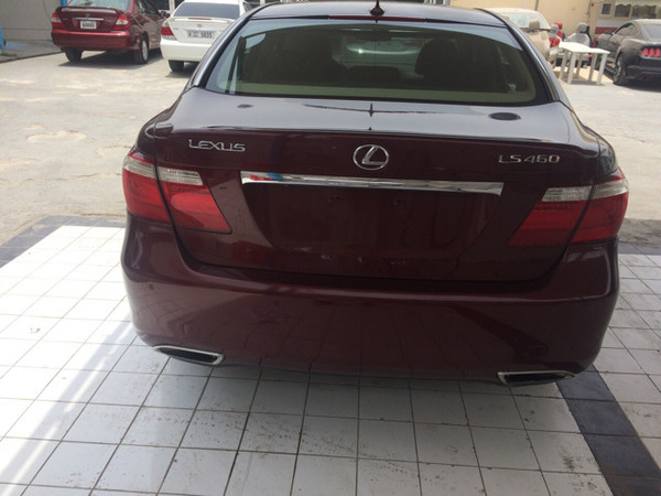 Used 2007 Ls 460 Maroon In Bigh  in Dubai, UAE
