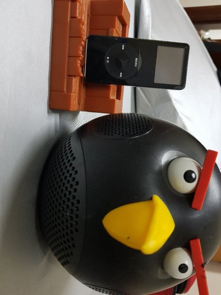 Used Angry Birds speaker system in Dubai, UAE
