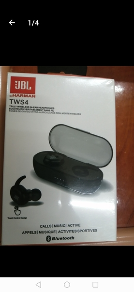 Used ,.,... Jbl wireless earphone...,,, in Dubai, UAE