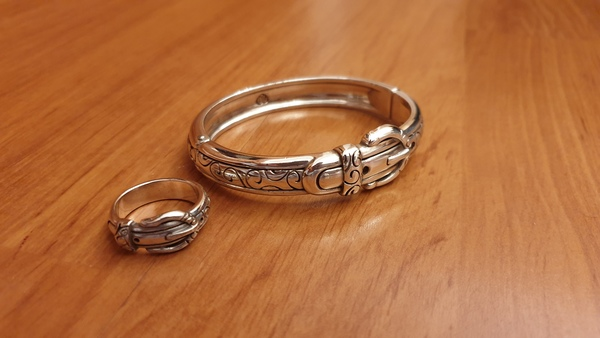 Used brighton silver set of 2 ring & bracelet in Dubai, UAE