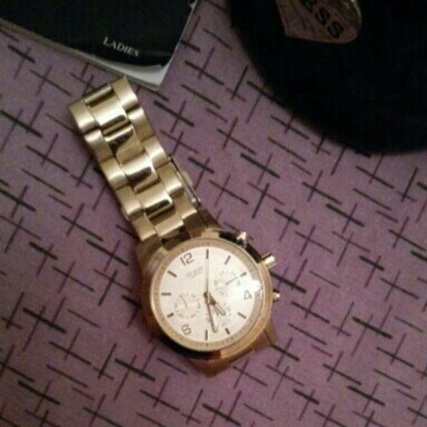 Used Guess Gold Plated Men's Watch in Dubai, UAE