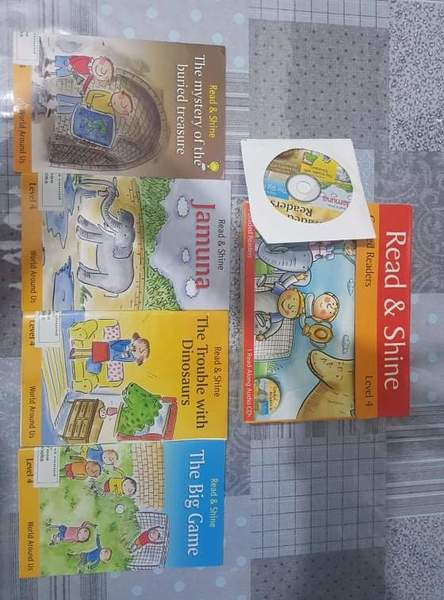 Used 4 kids reading stories + Story CD in Dubai, UAE