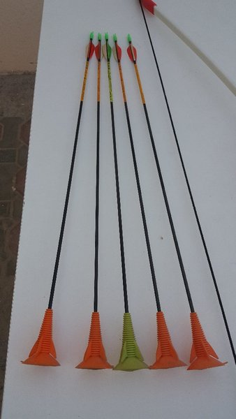 Used 2xBow and 5xarrow in Dubai, UAE