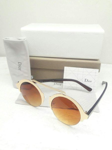 Used DIOR SUNGLASS in Dubai, UAE