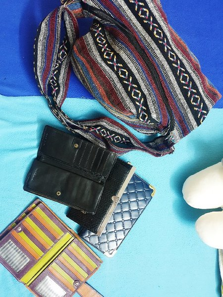 Used Bundle bag and wallet (prelov in Dubai, UAE