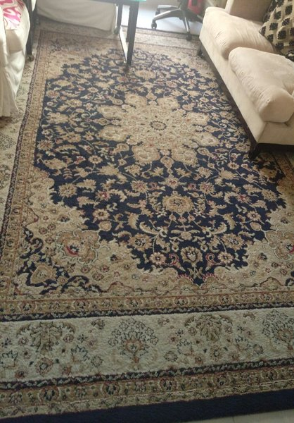 Used Large size carpet good condition in Dubai, UAE