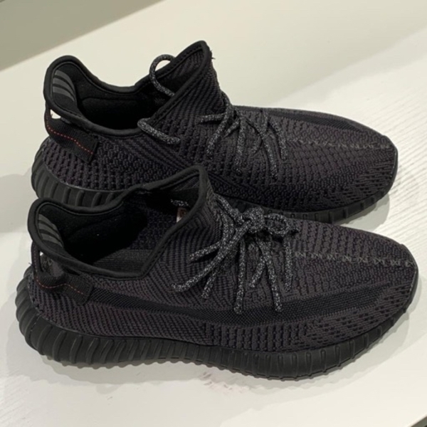Used yeezy boost black reflective 1:1 copy in Dubai, UAE