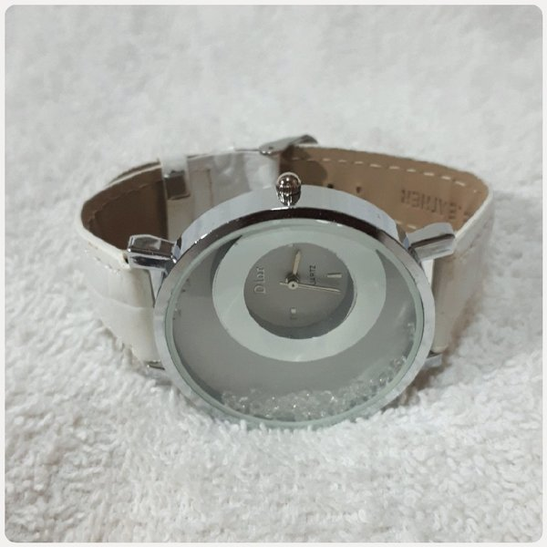 Used New white DIOR watch for Lady... in Dubai, UAE