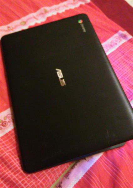 Used Used Laptop ASUS Chromebook 13.3 Inches 2gb Ram 16gb SSD Usb Port Wifi Support  in Dubai, UAE