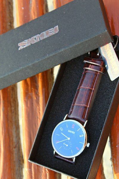 Used SKMEI Leather Watch ~ Both Dial Works in Dubai, UAE