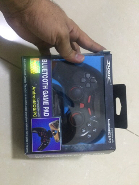 Used Let's donate! Bluetooth game controller! in Dubai, UAE