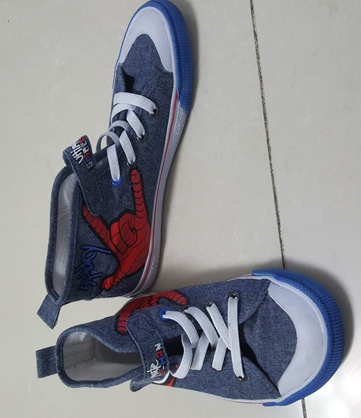 Used Marvel Spiderman Shoes  EuR 29 Or US 11.5 In Perfect condition As New in Dubai, UAE