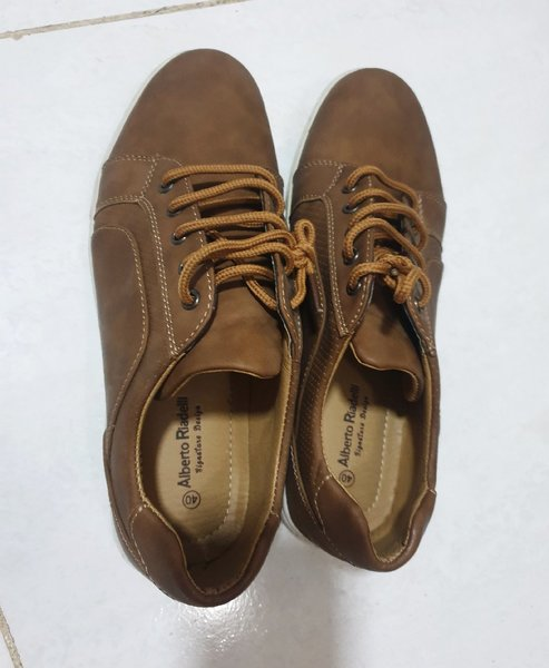 Used Branded shoes in Dubai, UAE