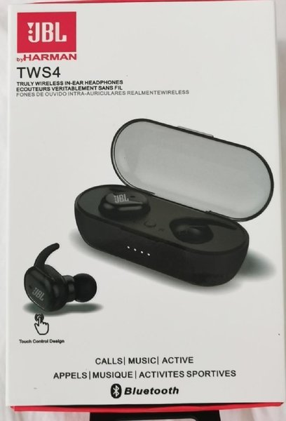 Used JBL Earbuds TWS 4 new♡, in Dubai, UAE
