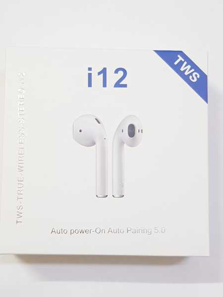 Used I 12 airpod ~ new in Dubai, UAE