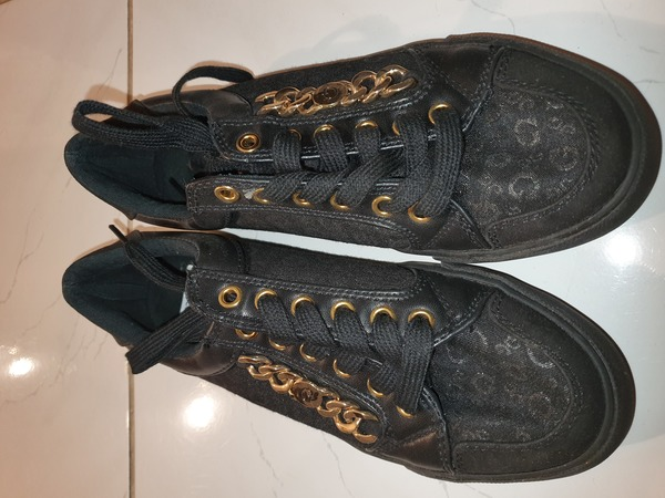 Used Guess ladies shoes brand new in Dubai, UAE