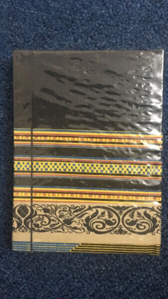Used Note book in Dubai, UAE