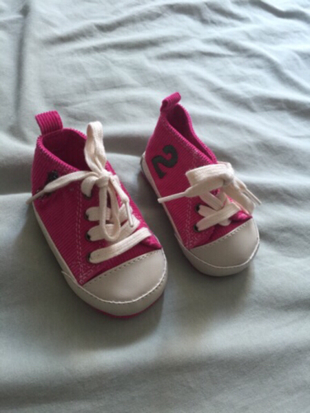 Used shoes for baby girl 3-6m original polo in Dubai, UAE