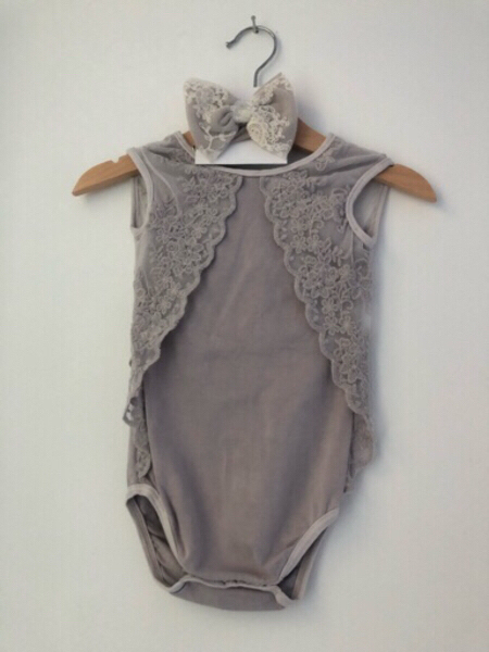 Used Brand new pure cotton baby outfit in Dubai, UAE