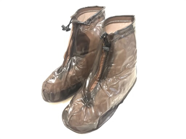 Used NEW Reusable Waterproof Shoes Cover L/XL in Dubai, UAE