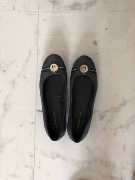Used Tommy shoes size 41 in Dubai, UAE