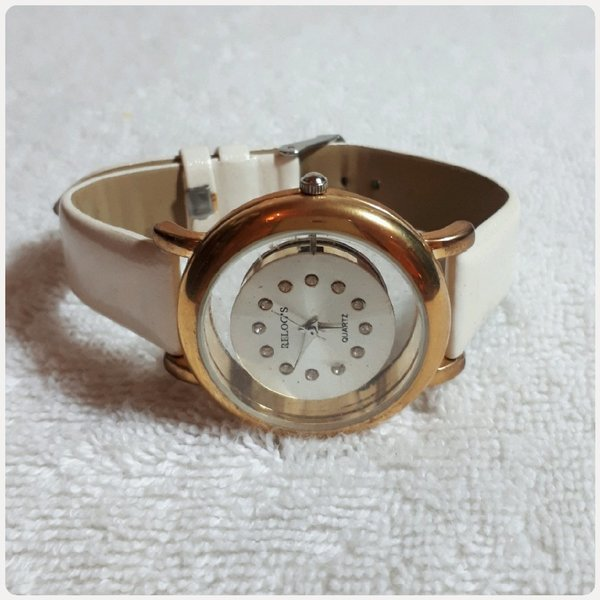 Used Relogs watch for lady in Dubai, UAE