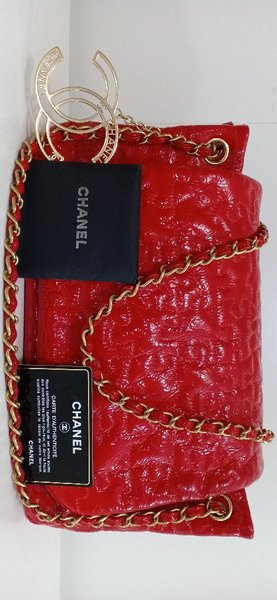Used Authentic Chanel Patent Leather Bag in Dubai, UAE