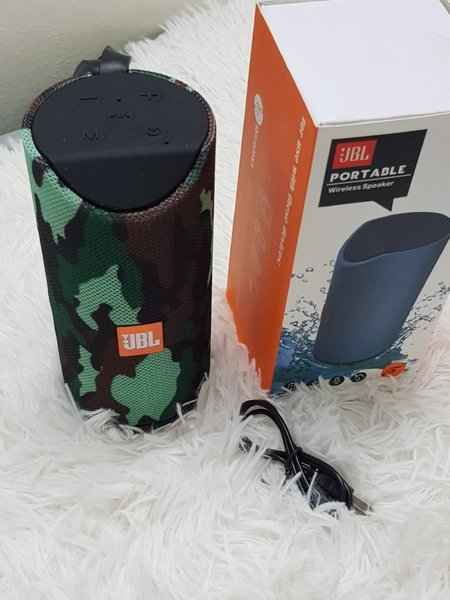 Used Protbal JBL army speakers in Dubai, UAE