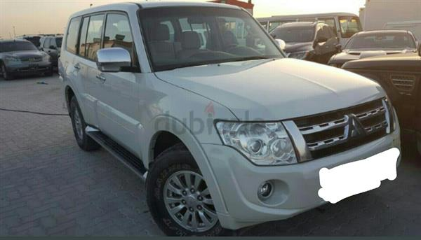 Used Mitsubishi pajero lady Driven For Urgent Sale in Dubai, UAE