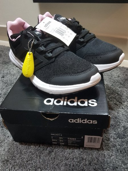 Used Adidas Galaxy 4 for women in Dubai, UAE