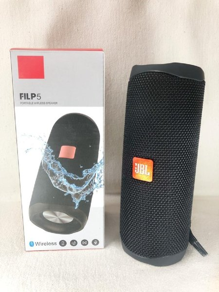 Used JBL FLIP5 SPEAKER NEW BOX in Dubai, UAE