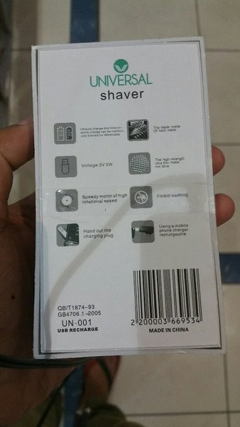 Universal travel shaver brand new