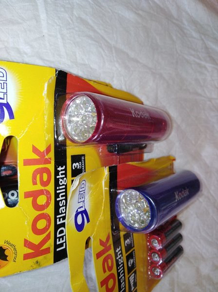 Used Kodak flash light 3 pcs with battery in Dubai, UAE