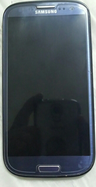 Used Samsung S3 Mobile No Scratches In Very Good Condition Only Mobile Phone in Dubai, UAE