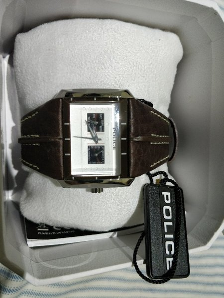 POLICE watch - never used