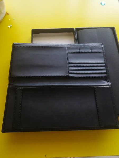 Used Documents wallet. New. Gift Box in Dubai, UAE