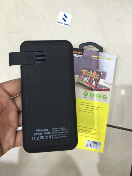 Used Wireless charger 10000 mah with stand in Dubai, UAE