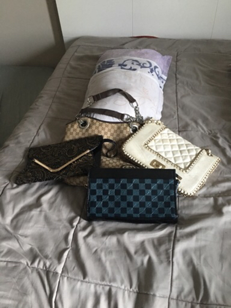 Used Offer : 4bags in the price of 1  in Dubai, UAE